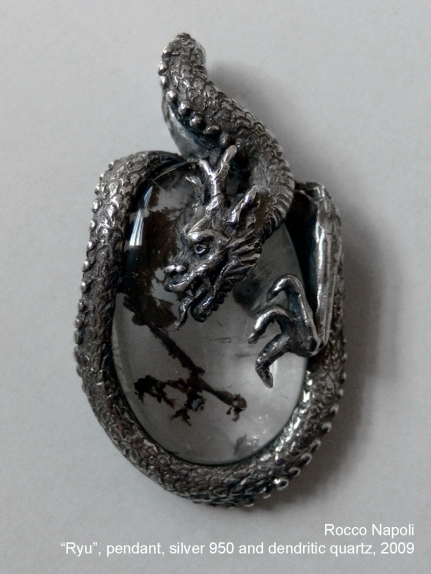RYU Pendant, H 3,5 cm, silver 950 and dendritic quartz, metal casting work, one of a kind, 2009.